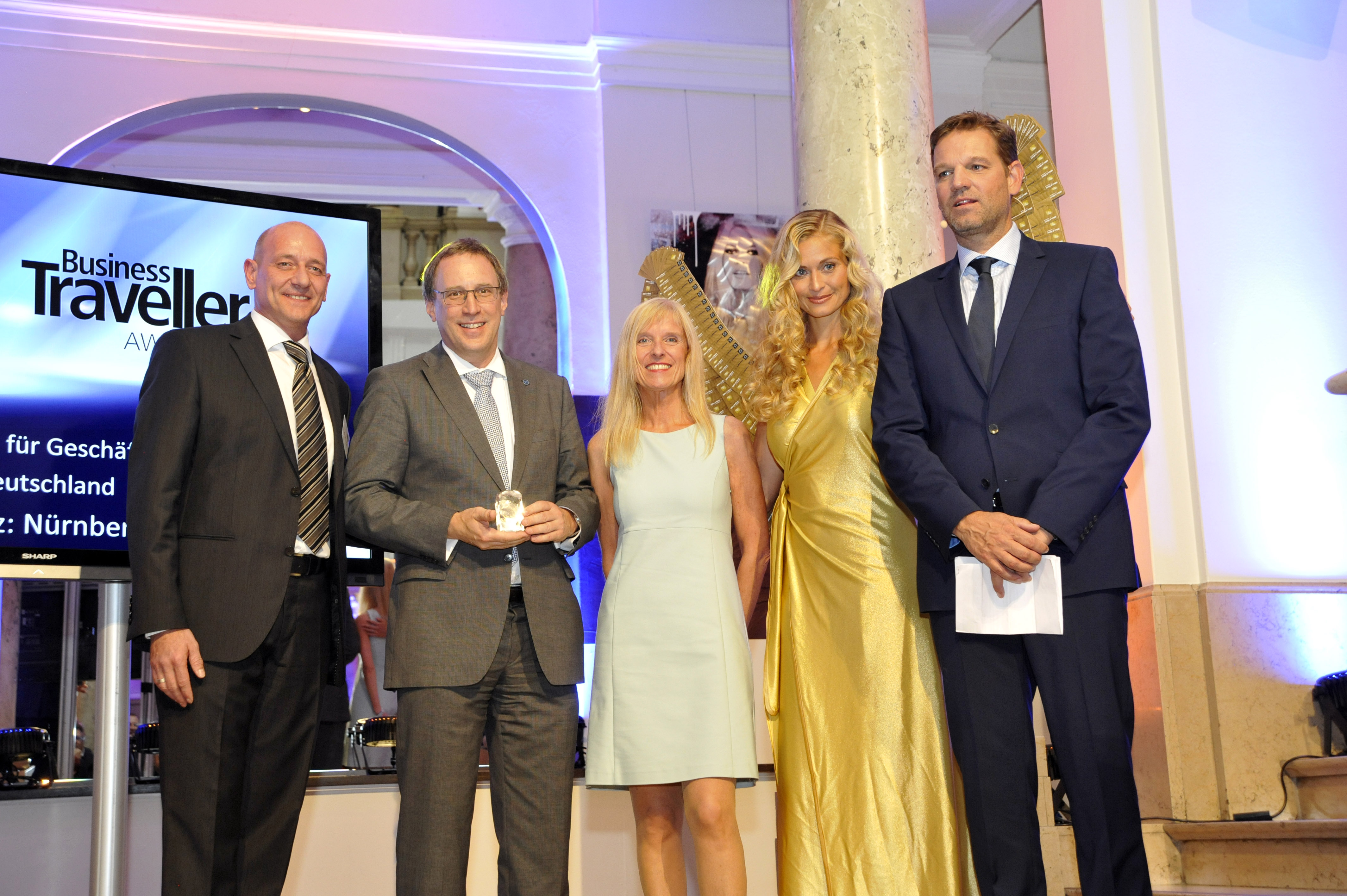 Best Airport in Germany<br>9th successive Business Traveller award for Nuremberg Airport