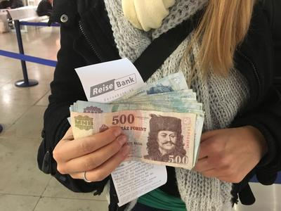 12500 Forint sind umgerechnet rund 50 Euro